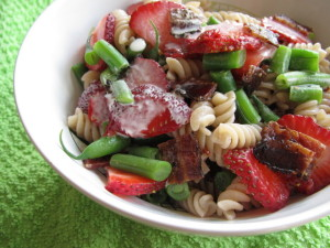 Strawberry Pasta with Bacon & Green Beans